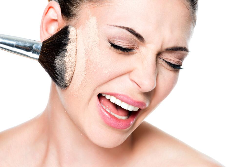 ciri-ciri muka alergi kosmetik