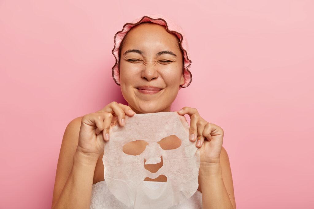 manfaat memakai sheet mask