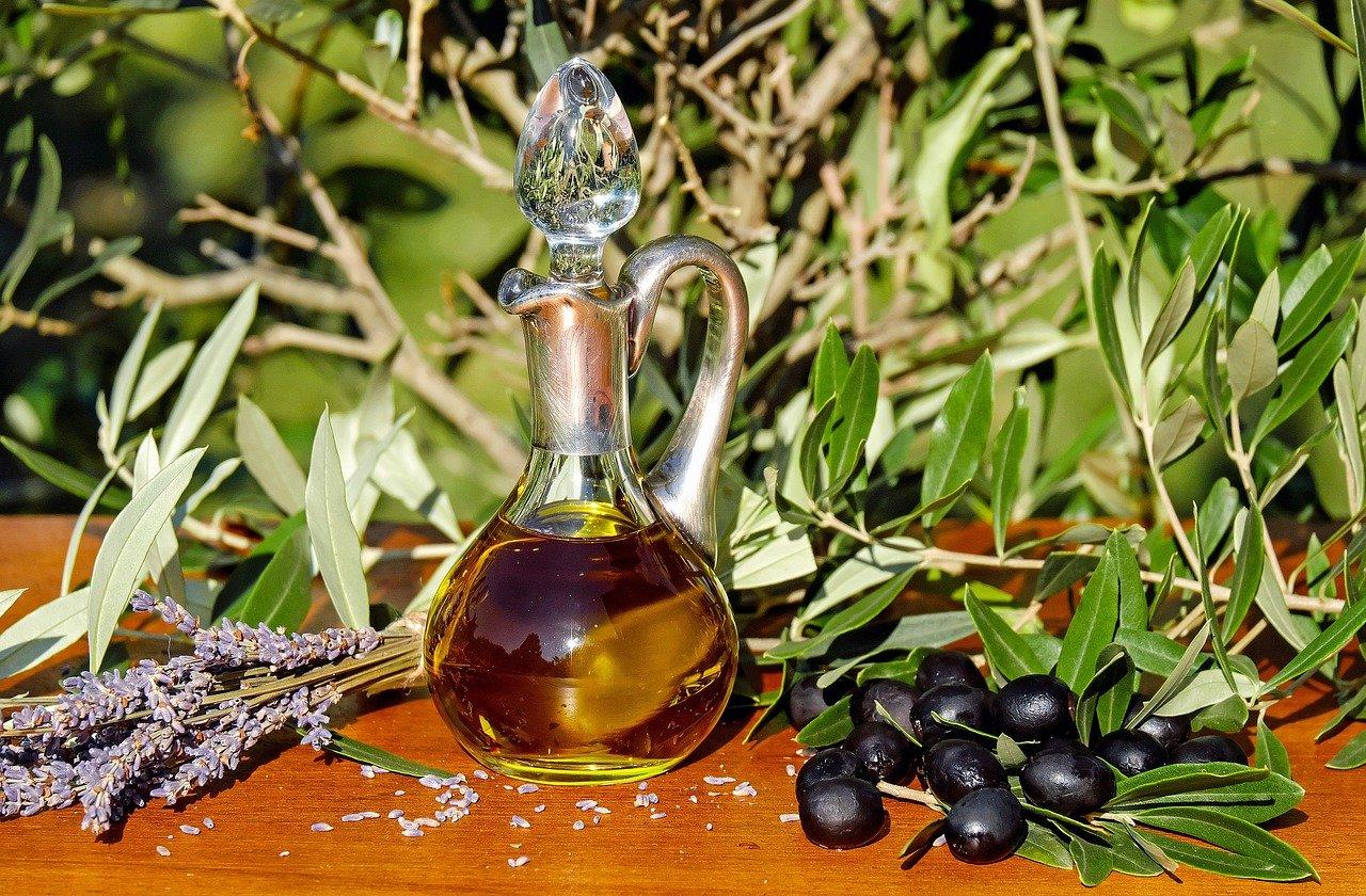 cara merawat wajah pakai minyak zaitun