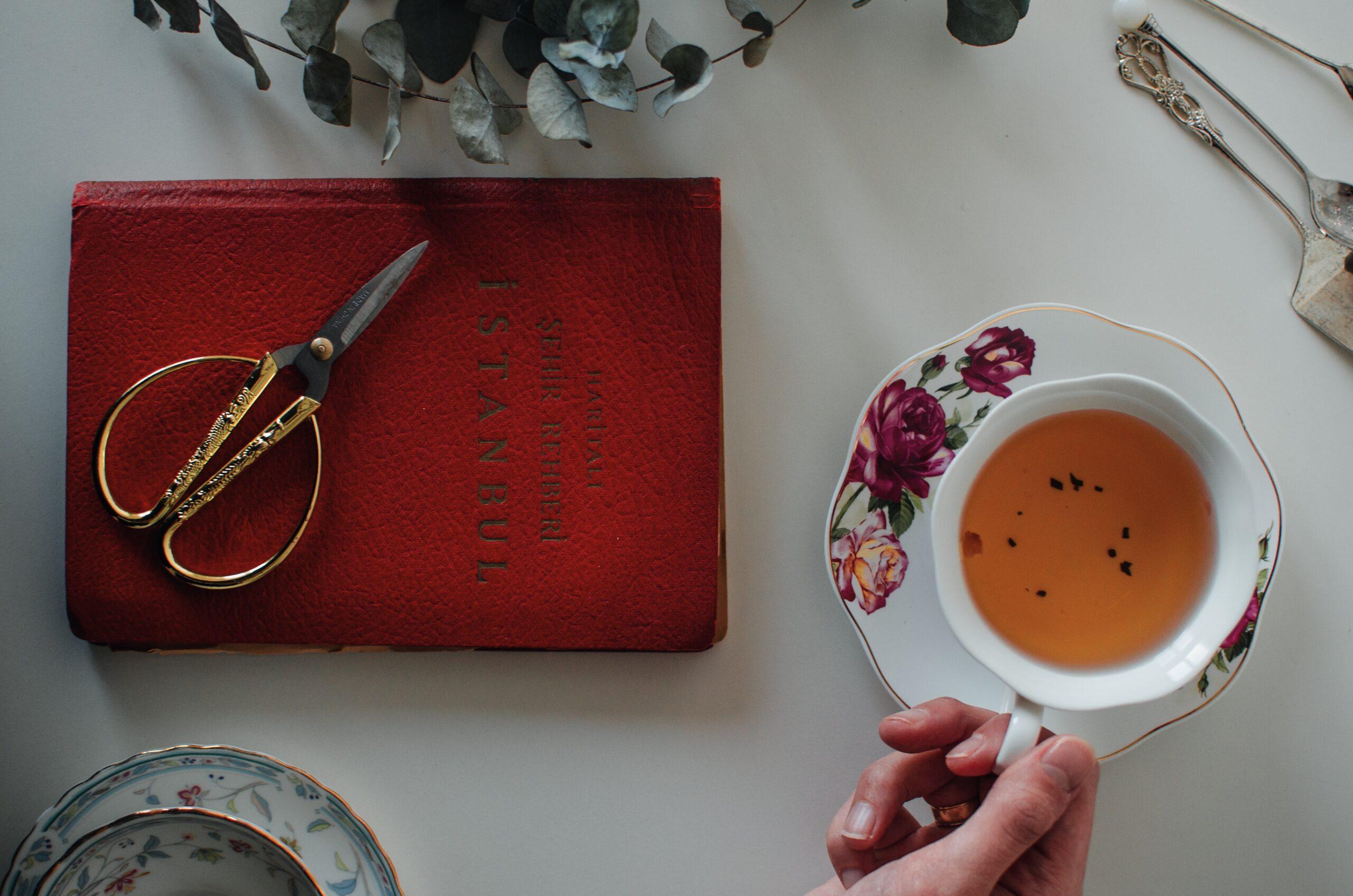 manfaat teh hitam untuk wajah